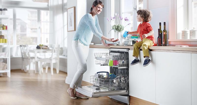 Chia sẻ kinh nghiệm sử dụng máy rửa bát hiệu quả và an toàn